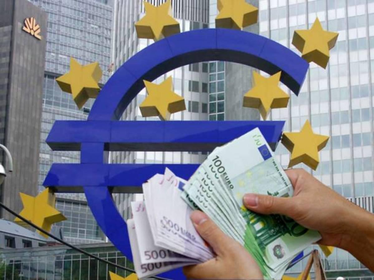 Τα πυρομαχικά της ΕΚΤ τελείωσαν-Στο 1,22 το ευρώ! | Newsit.gr