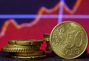 Ο Μάριο Ντράγκι προκαλεί διακυμάνσεις στην ισοτιμία ευρώ-δολαρίου