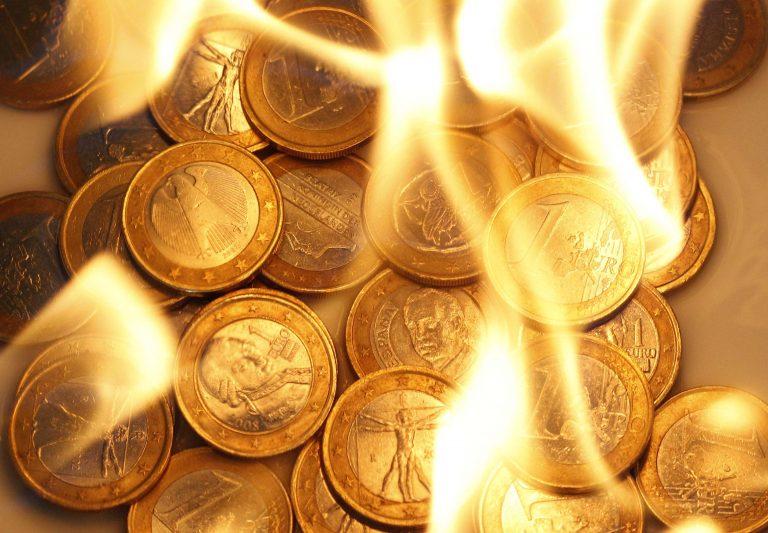 Διαβουλεύσεις για γερά νεύρα για να διασωθεί η ζώνη του ευρώ – Φοβούνται ντόμινο από τυχόν επιλεκτική χρεοκοπία της Ελλάδας | Newsit.gr