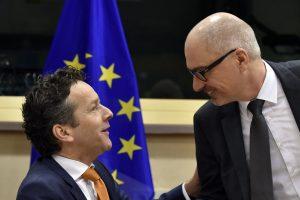 Eurogroup – Ντάισελμπλουμ: «Στρώστε» ασφαλιστικό και δημοσιονομικό και βλέπουμε…