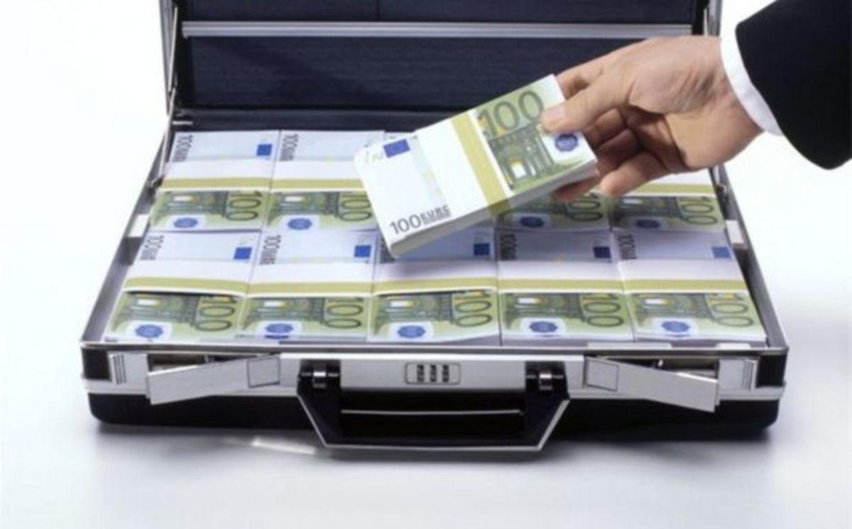 Τελευταία ευκαιρία για όσους »φυγάδευσαν» χρήματα | Newsit.gr