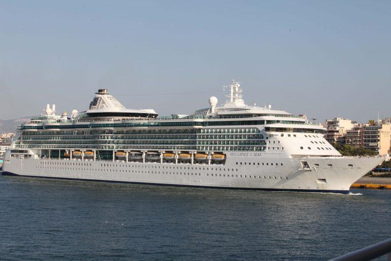 Βλάβη στο Cruise Europa ανοιχτά της Κέρκυρας | Newsit.gr