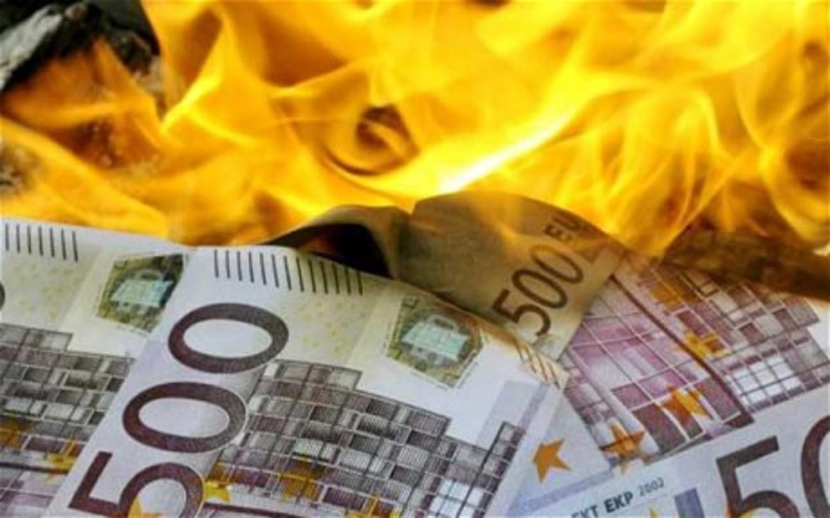Σε εξέλιξη τεράστια κερδοσκοπική επίθεση κατά του ευρώ   Newsit.gr
