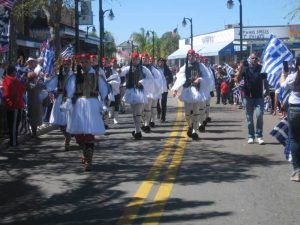 Οι Εύζωνες της Προεδρικής Φρουράς παρέλασαν και συγκλόνισαν στην Φλόριντα! [pics, vid]