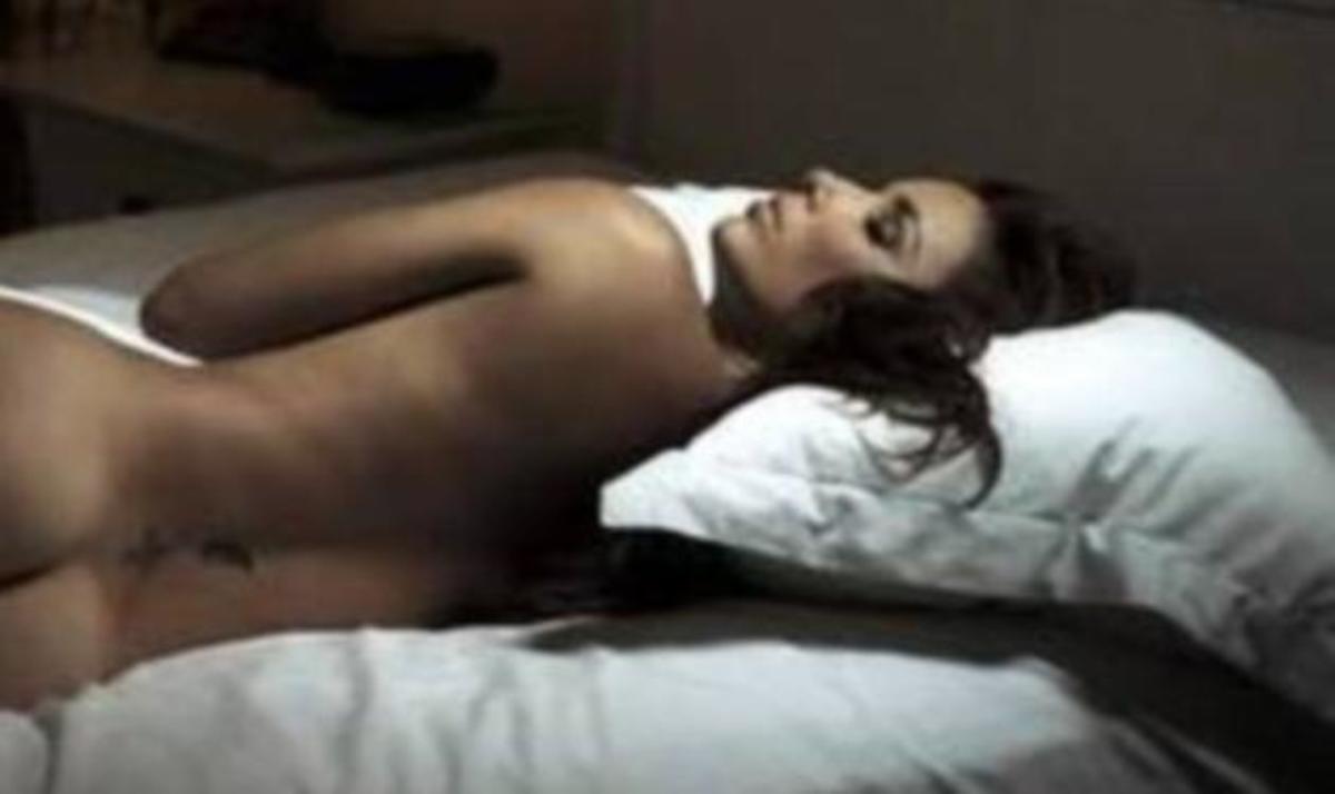 E. Longoria: Η γυμνή …κοιμωμένη! Γιατί φωτογραφήθηκε γυμνή;   Newsit.gr