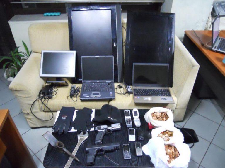Εύβοια: Στα χέρια της αστυνομίας τα αδέρφια που είχαν «ρημάξει» τα μαγαζιά! | Newsit.gr