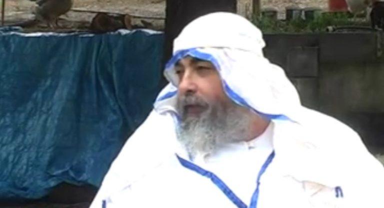 Σέρρες: Έξαλλος ο μητροπολίτης με τον »προφήτη» Ζουρούμπαμπελ! | Newsit.gr