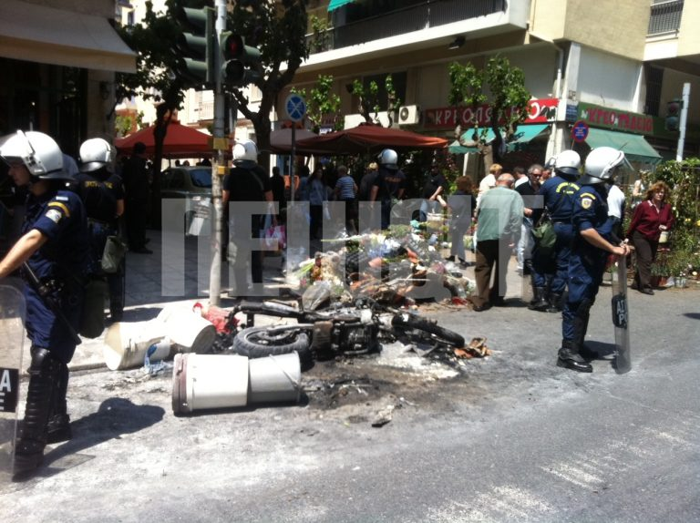 Παλεύει να κρατηθεί στη ζωή ο 47χρονος που κάηκε στην επίθεση με μολότοφ στα Εξάρχεια | Newsit.gr