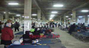 Δράμα: Έφτασαν οι πρώτοι 355 πρόσφυγες – Τους έβαλαν σε πρώην καπναποθήκη (Φωτό)!