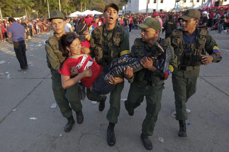 Μόνο οι οπαδοί του βλέπουν το νεκρό Τσάβες – Μαρτυρία Γάλλου δημοσιογράφου   Newsit.gr