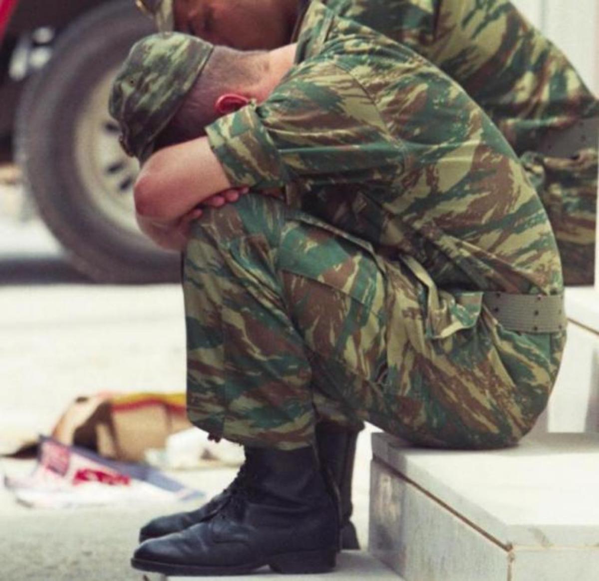 Θητεία της φτώχειας!Οικογένειες δεν μπορούν να συντηρήσουν τους στρατιώτες τους! | Newsit.gr