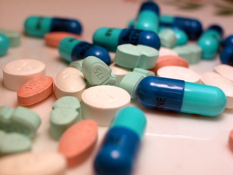 Νέο «χαράτσι» και στα φάρμακα! Πόσα θα πληρώνουμε παραπάνω | Newsit.gr