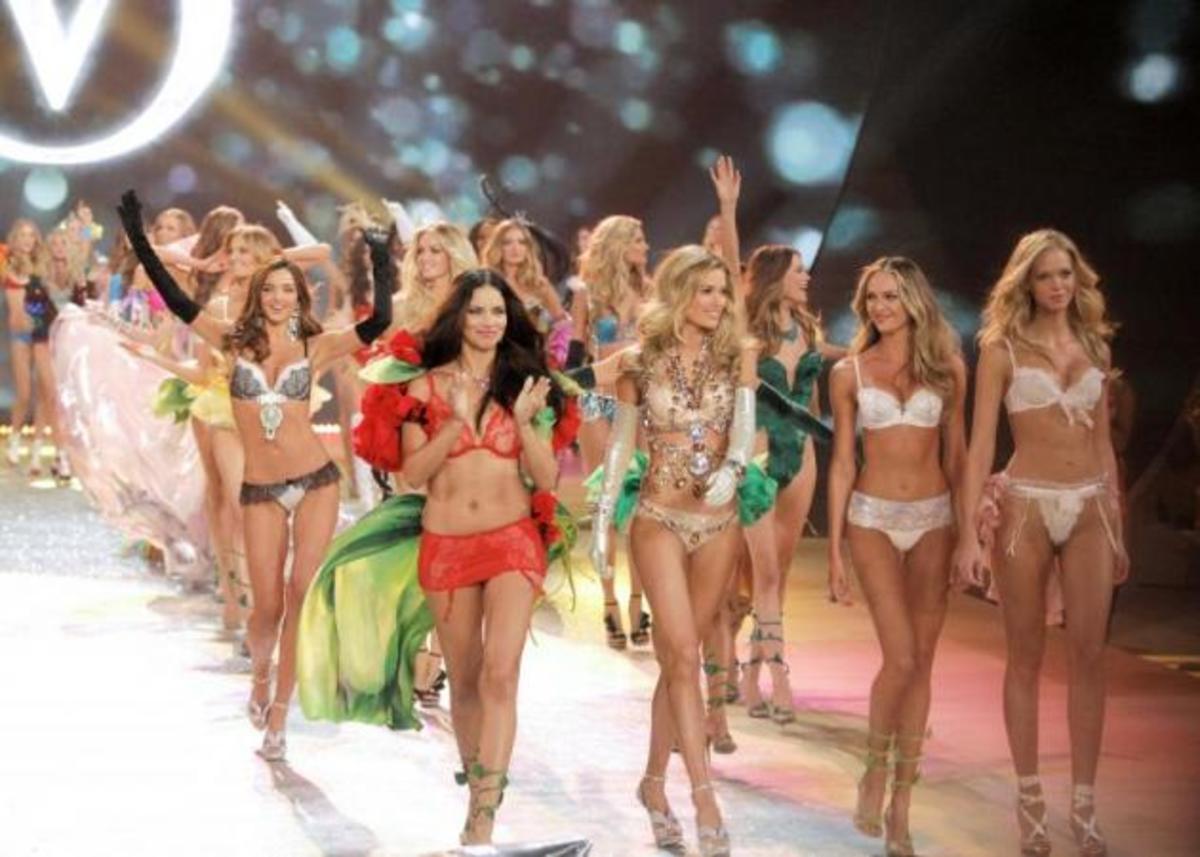 Ποιο super model έγινε επίσημα Άγγελος της Victoria Secret; | Newsit.gr
