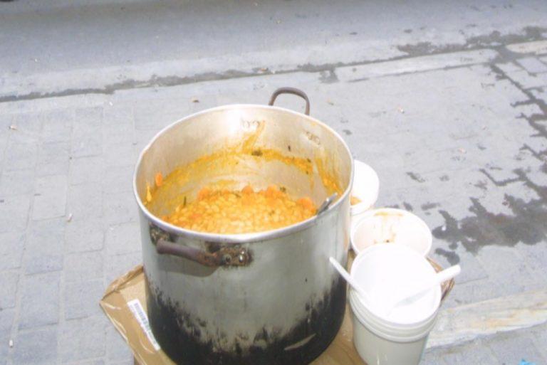 Ηλεία: Έκαψε το φαγητό και παραλίγο και ολόκληρη την πολυκατοικία! | Newsit.gr