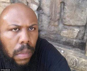 Σοκ στις ΗΠΑ: Ανέβασε στο Facebook το φόνο ηλικιωμένου – Ανθρωποκυνηγητό για τον 37χρονο «serial killer» [vids, pics]
