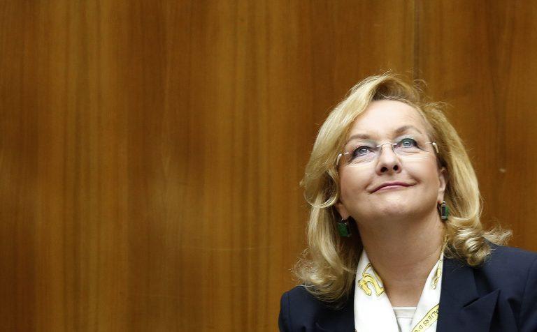 Η Φέκτερ «ψηφίζει» Κατάινεν για επικεφαλής του Eurogroup | Newsit.gr
