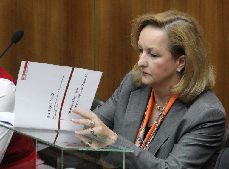 Φέκτερ: Σταθεροποιήθηκε η Ελλάδα – Επώδυνη αλλά εφικτή η λύση για την Κύπρο | Newsit.gr