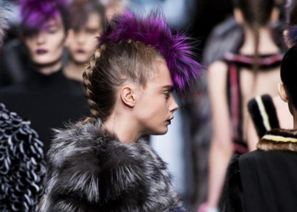 Μαλλιά από γούνα στο fashion show του Fendi! | Newsit.gr