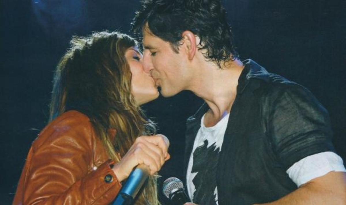 To καυτό φιλί του Σ. Ρουβά στην Άννα Βίσση! | Newsit.gr
