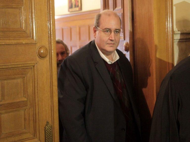Εννέα βουλευτές του ΣΥΡΙΖΑ στηρίζουν Φίλη για τα Θρησκευτικά | Newsit.gr