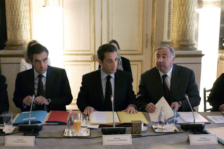 Μείωση δημοσίων δαπανών κατα 45 δισ. ανακοίνωσε η Γαλλία | Newsit.gr