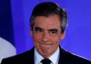 Γαλλία – Εκλογές: Με κατεβασμένο το κεφάλι και δακρυσμένος ο Φρανσουά Φιγιόν