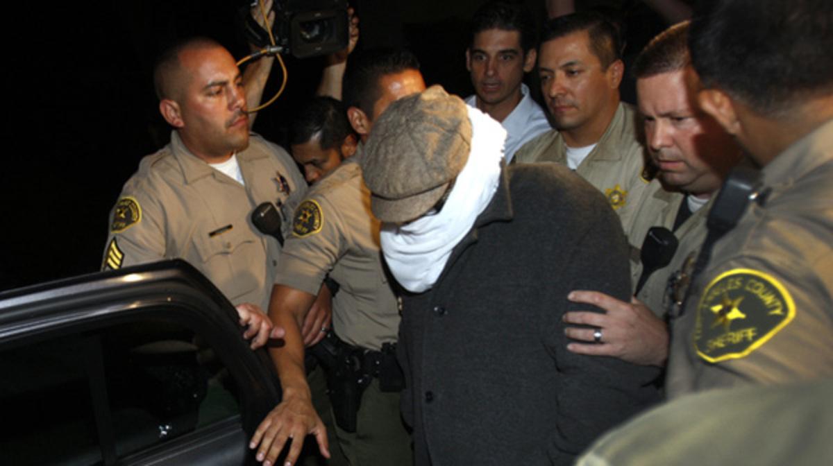 Υπουργός του Πακιστάν δίνει 100 χιλιάδες δολάρια σε όποιον σκοτώσει το δημιουργό της ταινίας για τον Μωάμεθ   Newsit.gr