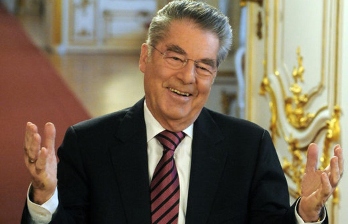 «Να μην καταδικάζονται όλοι οι Έλληνες για τις ηλιθιότες που έκαναν οι πολιτικοί τους» | Newsit.gr