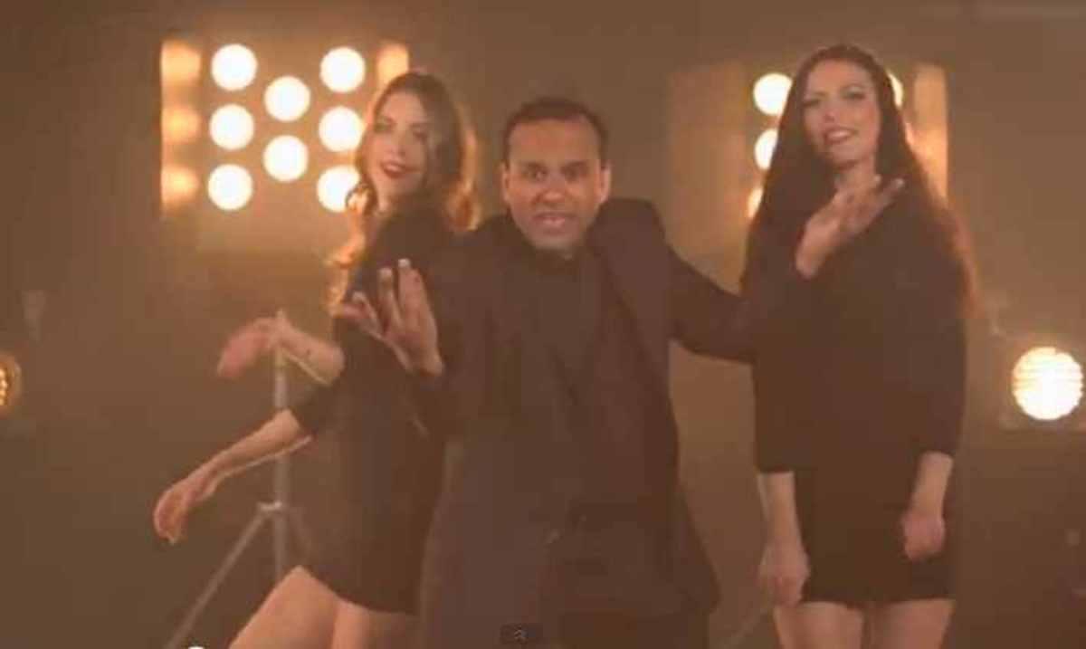 Είναι αυτό το νέο «Gangnam Style»;Δείτε video | Newsit.gr