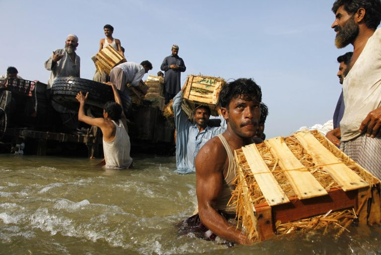 Χάος στο Πακιστάν απο τις πλημμύρες | Newsit.gr