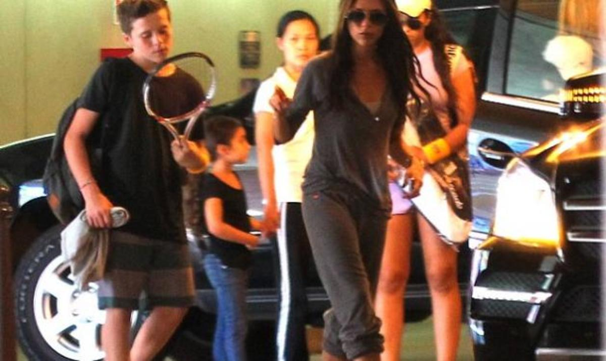 Το είδαμε κι αυτό! Η V. Beckham με φόρμες! | Newsit.gr