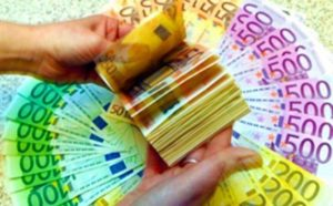«H Ελλάδα πρέπει να ακολουθήσει το παράδειγμα της Ολλανδίας για να καταφέρει να βρει τα χρήματα των φοροφυγάδων»