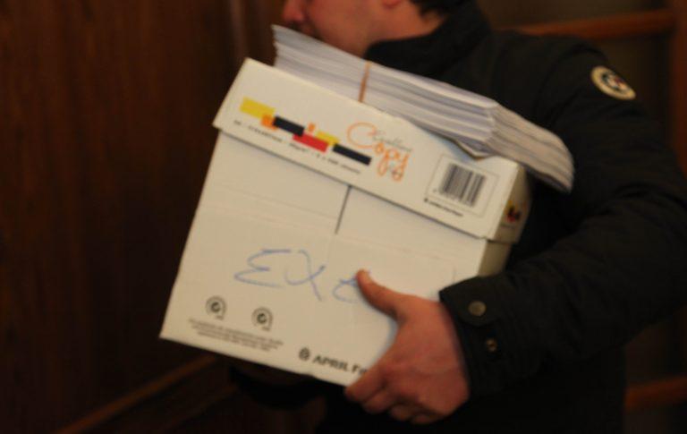 Επισπεύδεται το φορολογικό με τους φόρους των ακινήτων και το «τσεκούρι» στα μπλοκάκια   Newsit.gr
