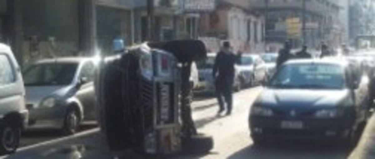 Ξάνθη: Έχασε τον έλεγχο του φορτηγού και τα πήρε όλα… σβάρνα!   Newsit.gr