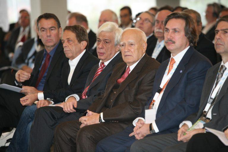 210 εκατ. θα ήθελαν να μεταναστεύσουν στην Ε.Ε. | Newsit.gr