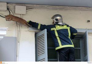 Τραγωδία στο Χαλάνδρι! Νεκρός από φωτιά στο διαμέρισμά του