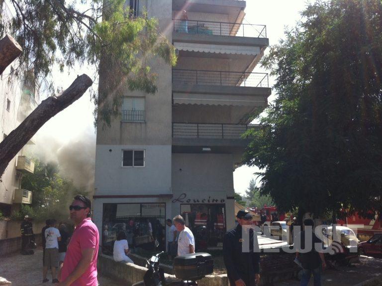 Υπό έλεγχο η φωτιά σε κατάστημα στην Αγ. Παρασκευή   Newsit.gr
