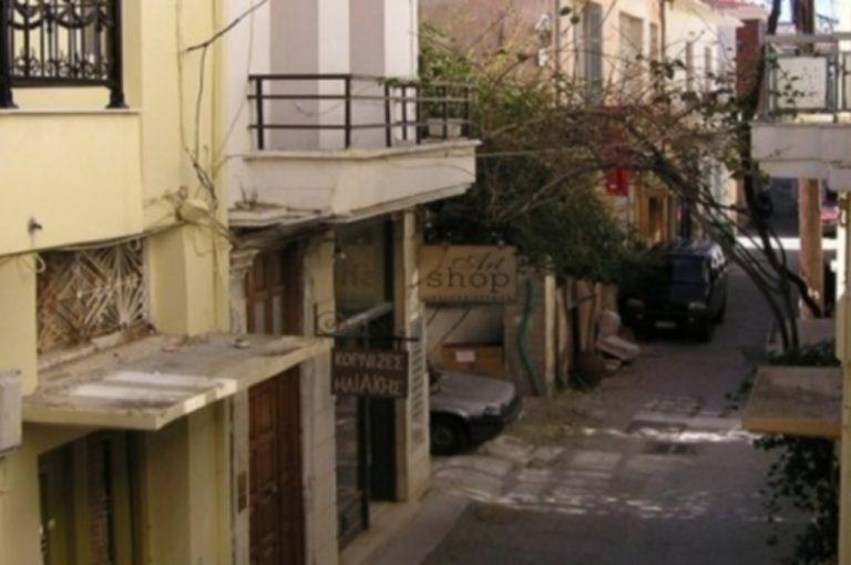Ρέθυμνο: Ζευγάρι κινδύνευσε από φωτιά σε κατάστημα | Newsit.gr