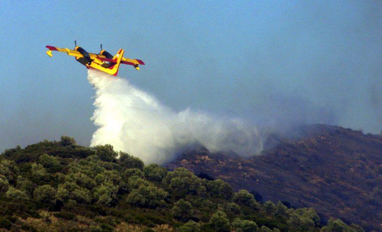 Ζάκυνθος: Μεγάλη φωτιά πλησιάζει και απειλεί δύο οικισμούς! | Newsit.gr