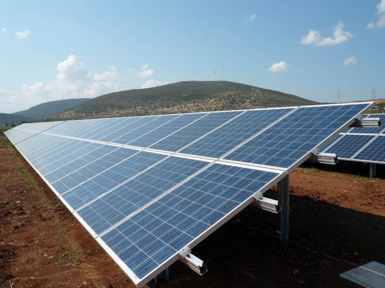 Θα έχουμε το μεγαλύτερο φωτοβολταϊκό πάρκο στην Ευρώπη! | Newsit.gr