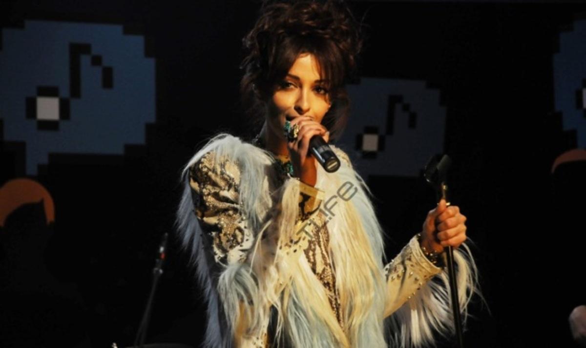 Το TLIFE τρύπωσε στα παρασκήνια της συναυλίας της Ε. Φουρέιρα! Φωτογραφίες | Newsit.gr