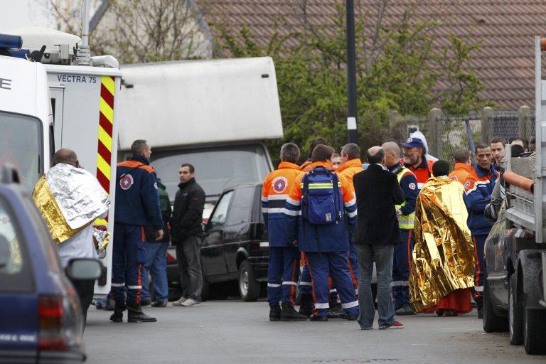 Κατέρρευσε το δάπεδο που γινόταν η λειτουργία του Πάσχα – Σκοτώθηκε 6χρονο παιδί | Newsit.gr