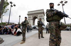 Γαλλία: Παραμένει σε κατάσταση έκτακτης ανάγκης!