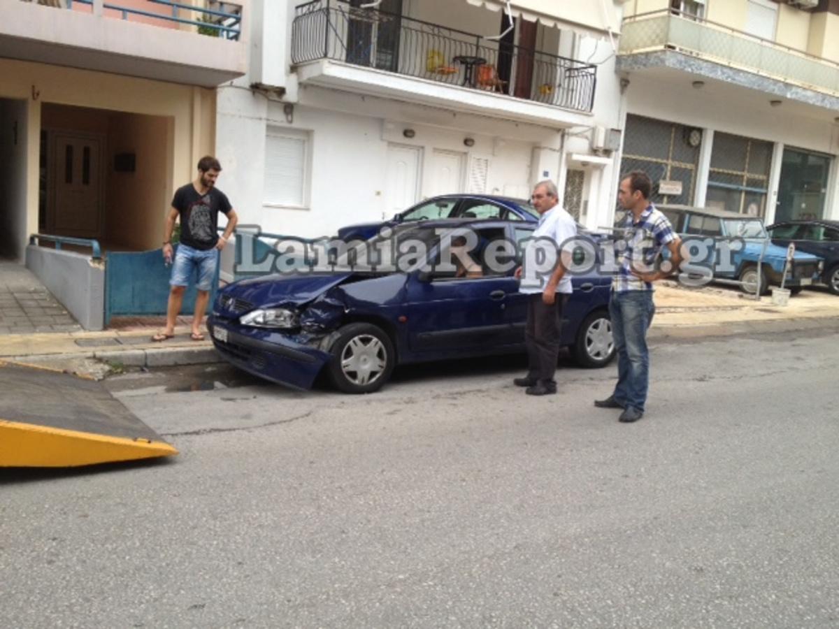 Φθιώτιδα: Οδηγούσε «τύφλα» στο μεθύσι και τράκαρε τρία αυτοκίνητα – ΦΩΤΟ | Newsit.gr