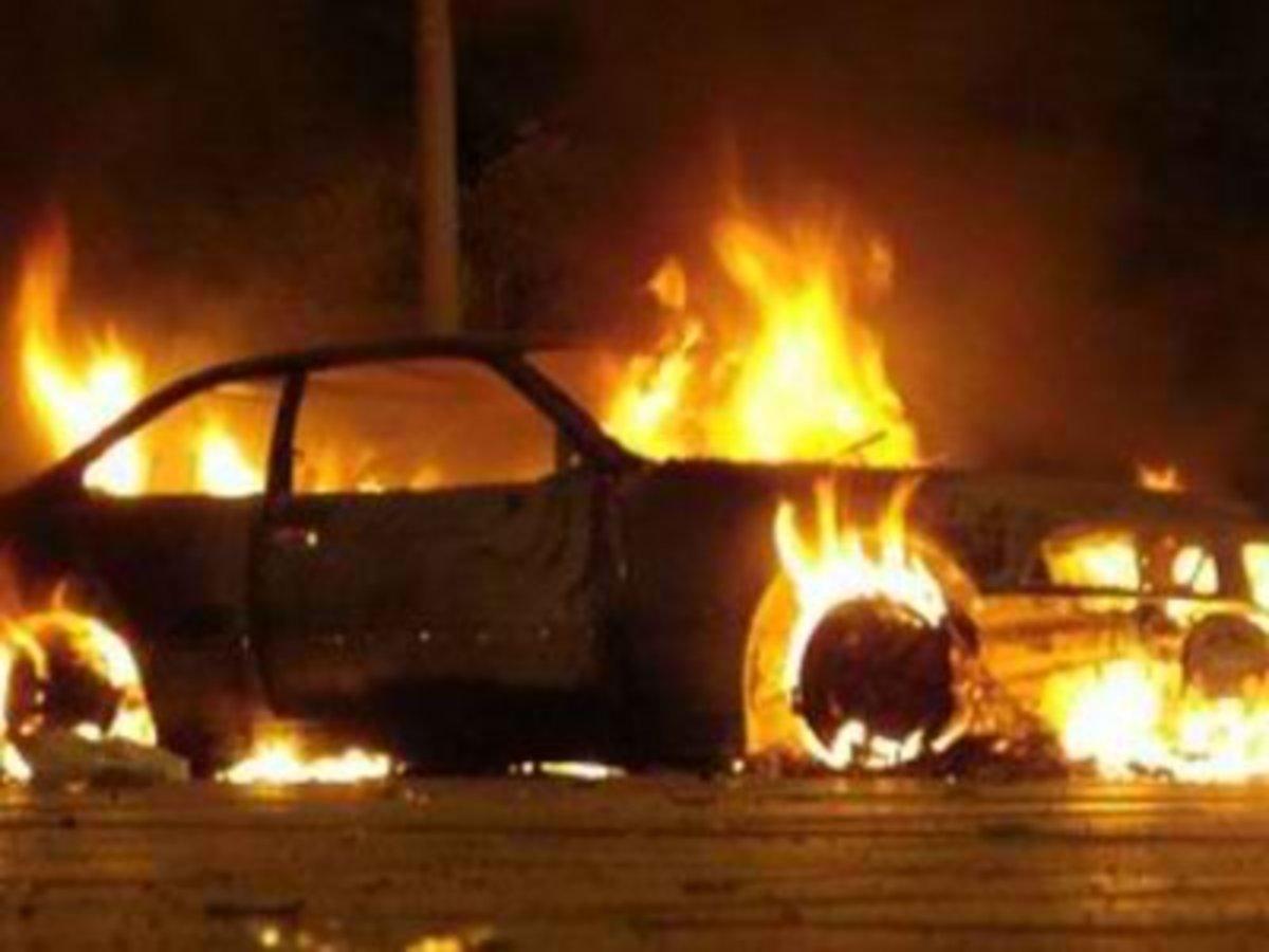 Ηράκλειο: Φωτιά σε αυτοκίνητο «μυρίζει» εμπρησμό   Newsit.gr
