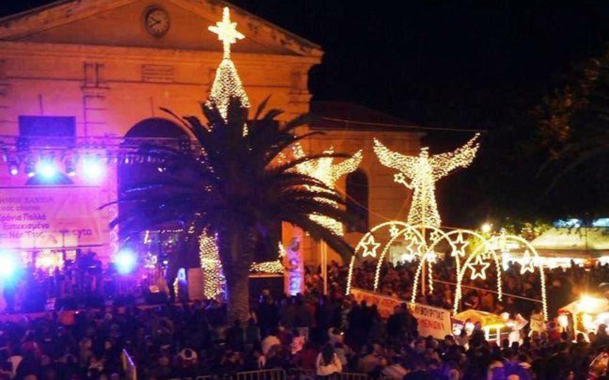 Χανιά: Σάλος με τη γυμνή φωτογράφηση τουρίστα στη Χριστουγεννιάτικη φάτνη! | Newsit.gr
