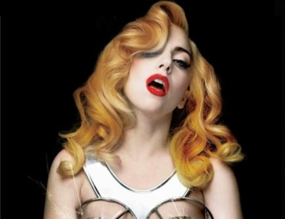 Η Christina Aguilera αντιγράφει την Lady Gaga; | Newsit.gr