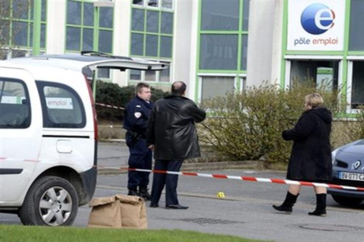 Απελπίστηκε και… αυτοπυρπολήθηκε γιατί έχασε το επίδομα ανεργίας! | Newsit.gr
