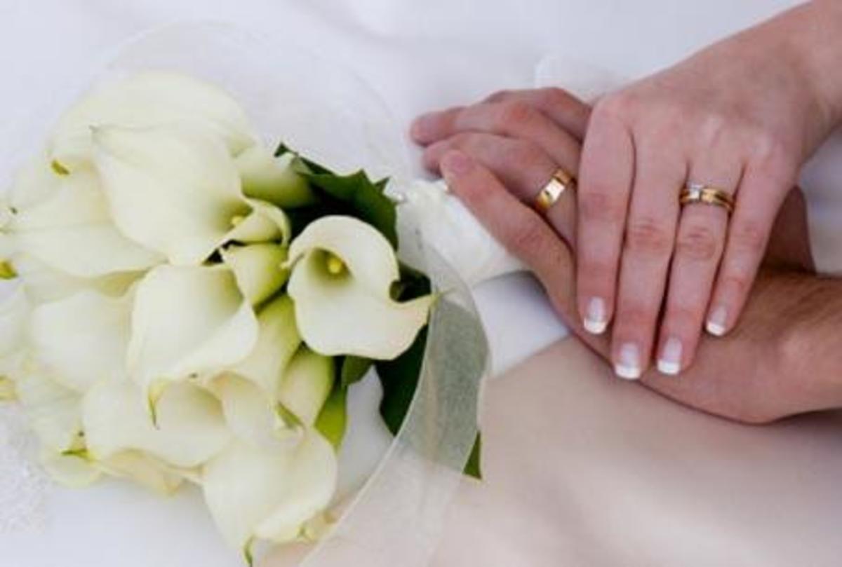 Στήνουν «λευκούς» γάμους για άδειες παραμονής! | Newsit.gr