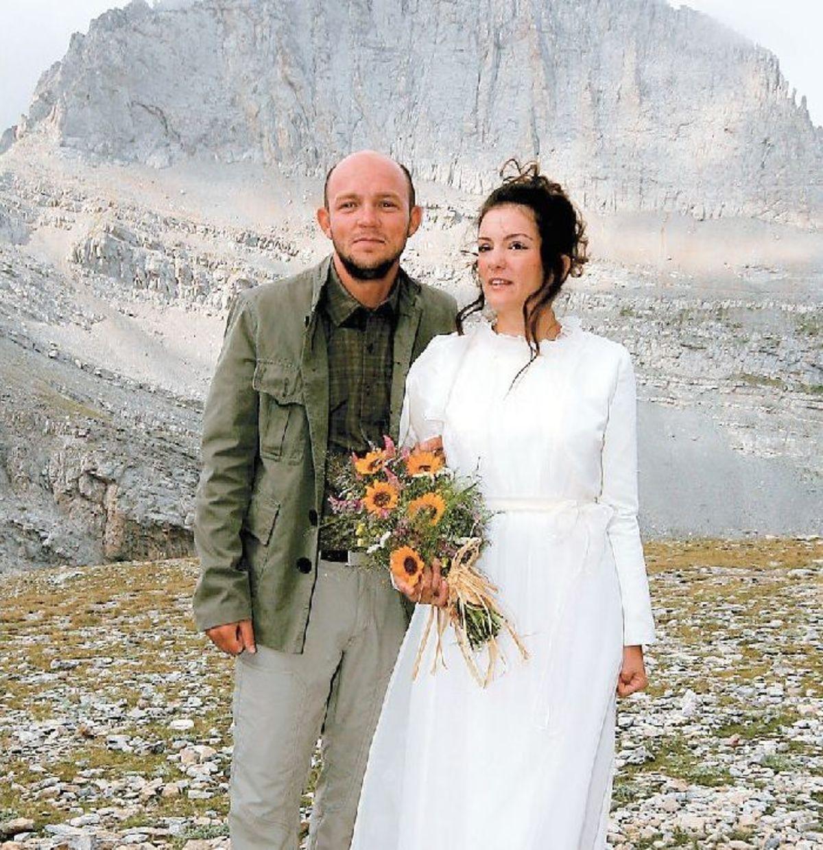 Παντρεύτηκαν στα… ψηλά!   Newsit.gr